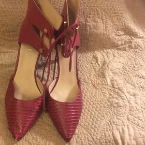 "Red Nine West 21/2"" heels"